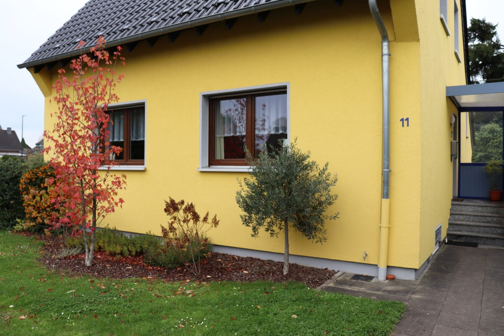 Immobilie Nr.0281 | Mittelstraße 11, 40668 Meerbusch - Lank