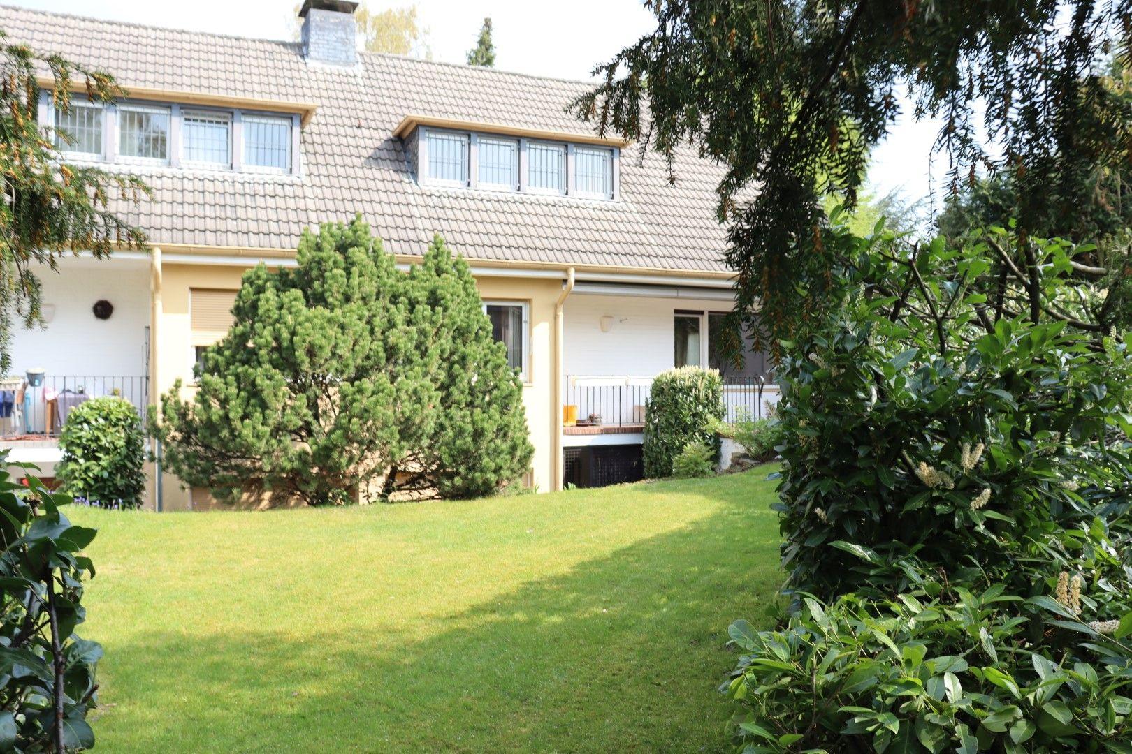 Immobilie Nr.0296 | Asternstraße 11 + 13, 40668 Meerbusch